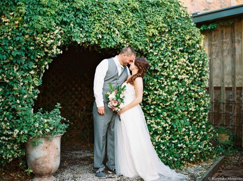 riverwalk-landing-wilmington-nc-wedding-photos-23-min.jpg