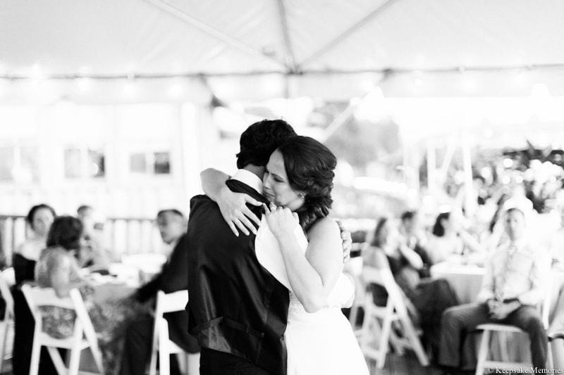 riverwalk-landing-wilmington-nc-wedding-photos-31-min.jpg