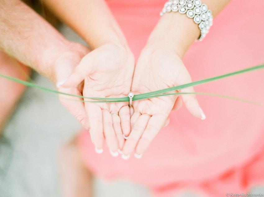bogue-inlet-pier-emerald-isle-engagement-photos-16-min.jpg