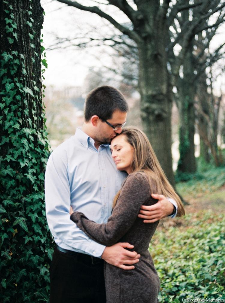 jc-raulston-arboretum-and-tucker-house-raleigh-engagement-17-min.jpg