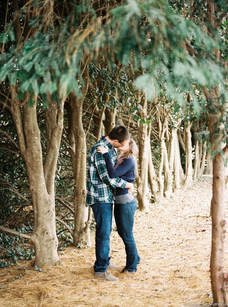 jc-raulston-arboretum-and-tucker-house-raleigh-engagement-min.jpg