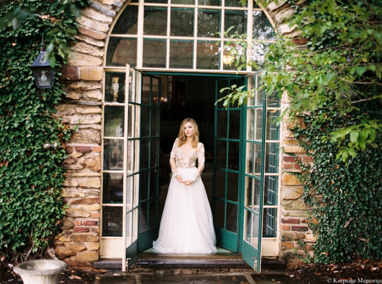 graylyn-estate-wedding-shoot-winston-salem-6-min.jpg
