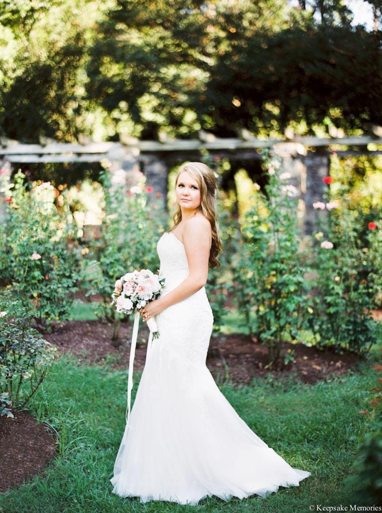 raleigh-rose-garden-wedding-bridal-portrait-photographers-10-min.jpg
