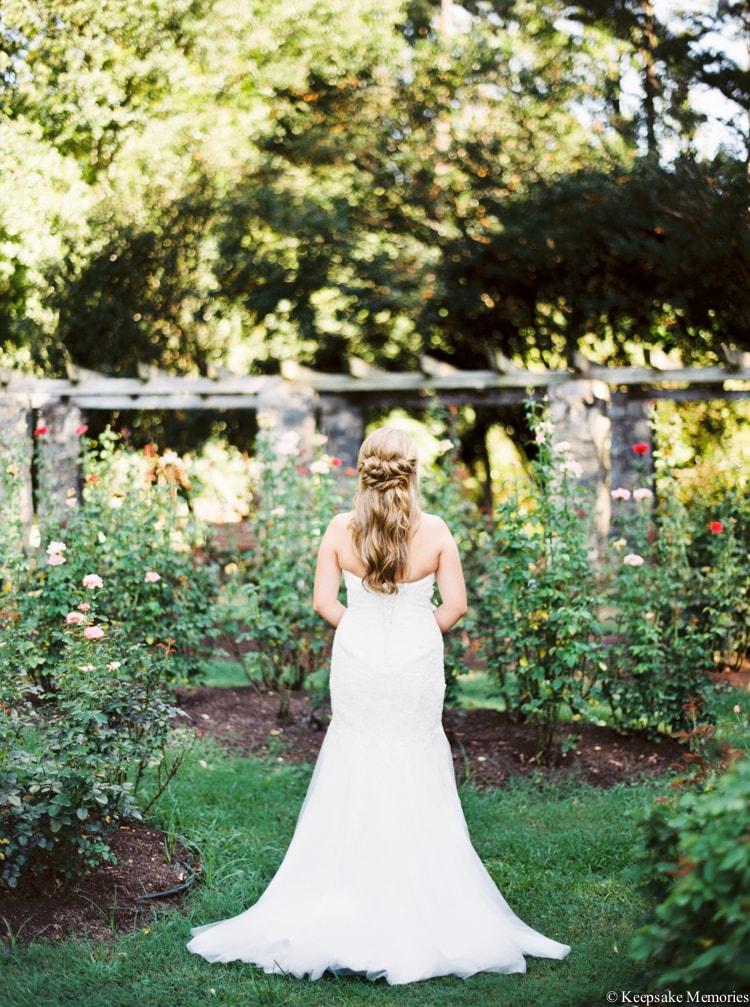 raleigh-rose-garden-wedding-bridal-portrait-photographers-11-min.jpg