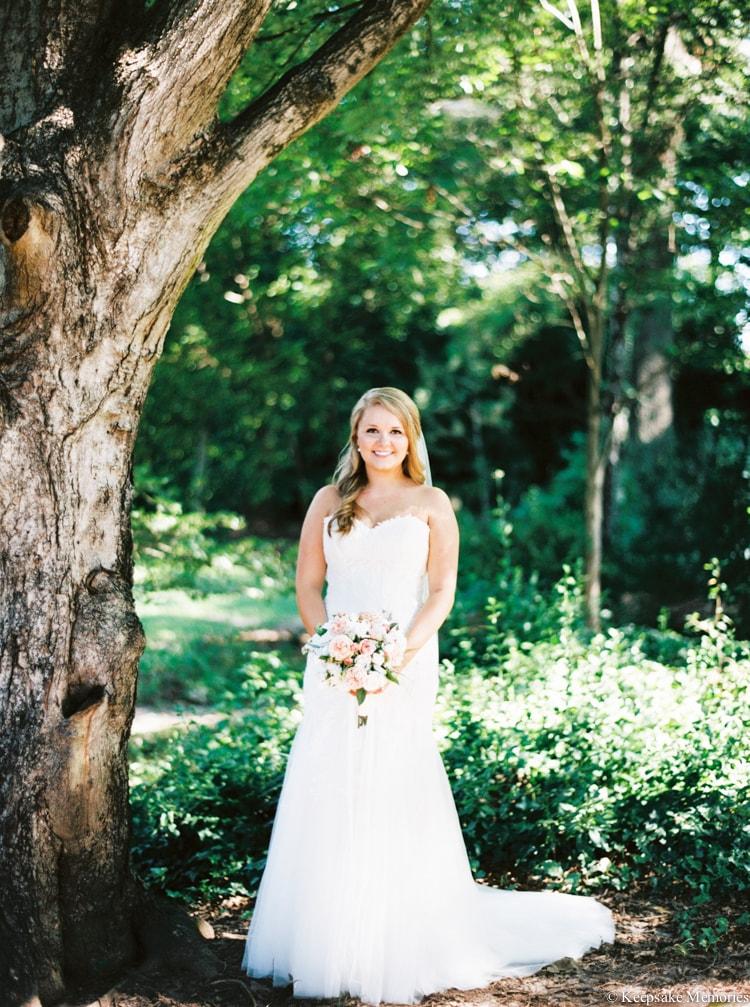 raleigh-rose-garden-wedding-bridal-portrait-photographers-14-min.jpg