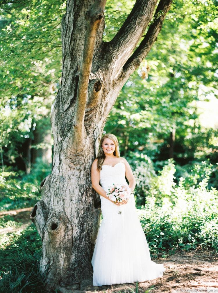 raleigh-rose-garden-wedding-bridal-portrait-photographers-15-min.jpg