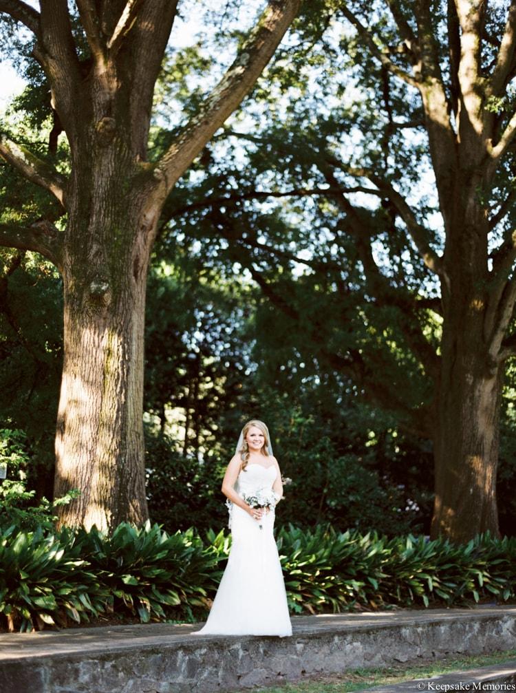 raleigh-rose-garden-wedding-bridal-portrait-photographers-4-min.jpg