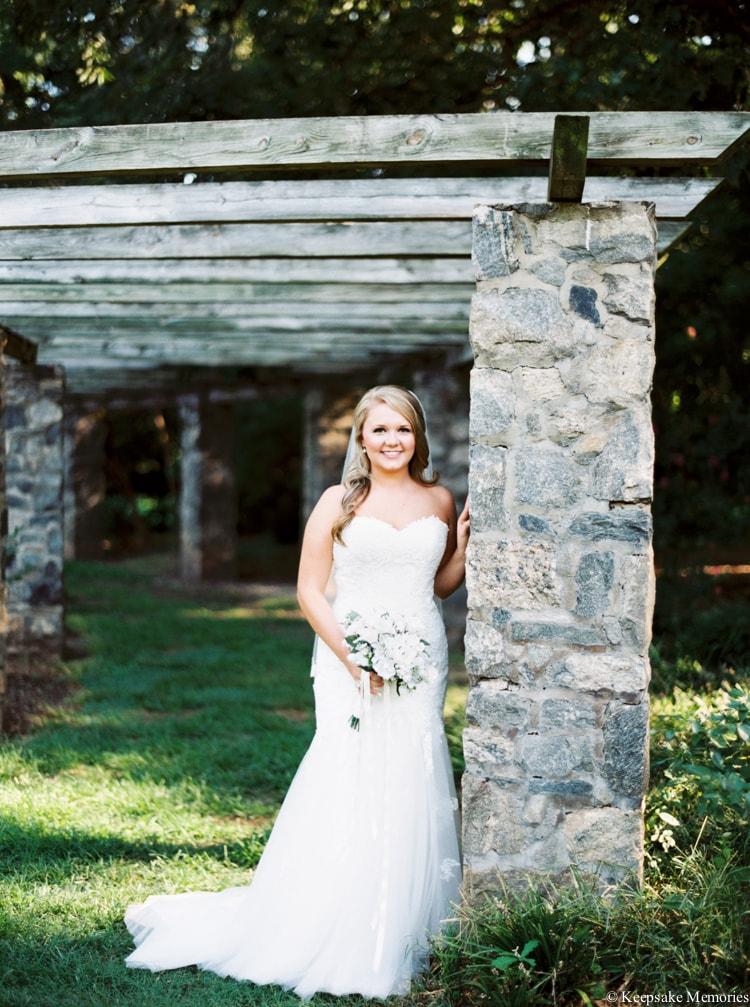 raleigh-rose-garden-wedding-bridal-portrait-photographers-6-min.jpg