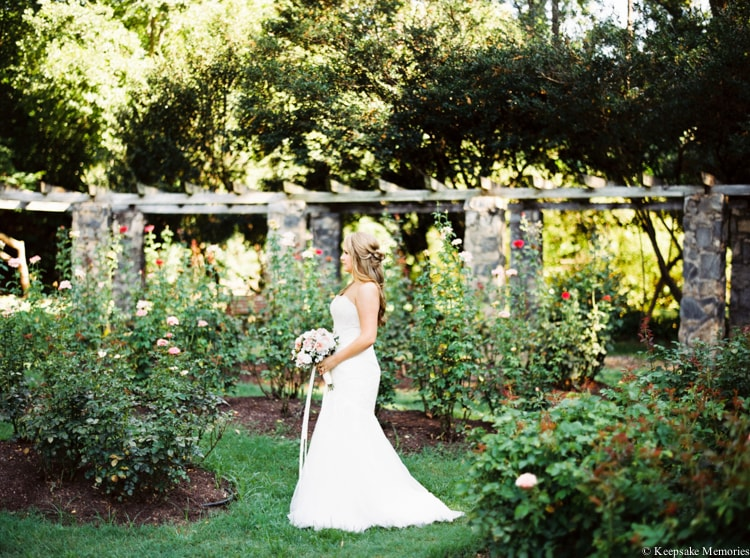 raleigh-rose-garden-wedding-bridal-portrait-photographers-9-min.jpg