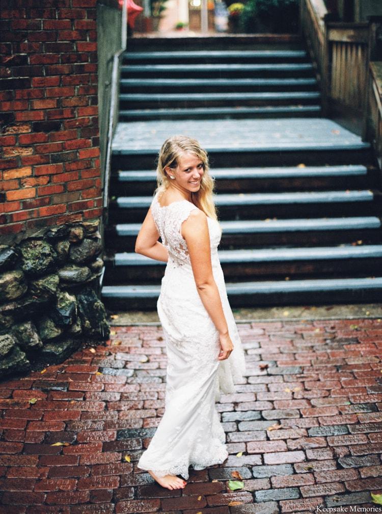 rainy-wilmington-nc-bridal-portrait-photographers-10-min.jpg