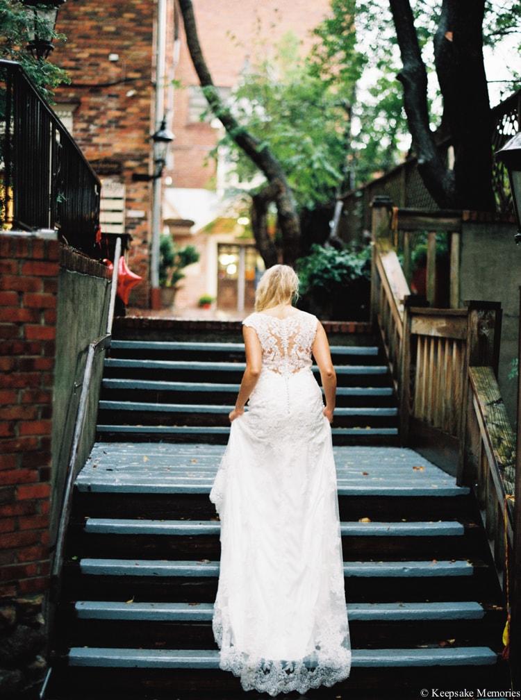 rainy-wilmington-nc-bridal-portrait-photographers-11-min.jpg