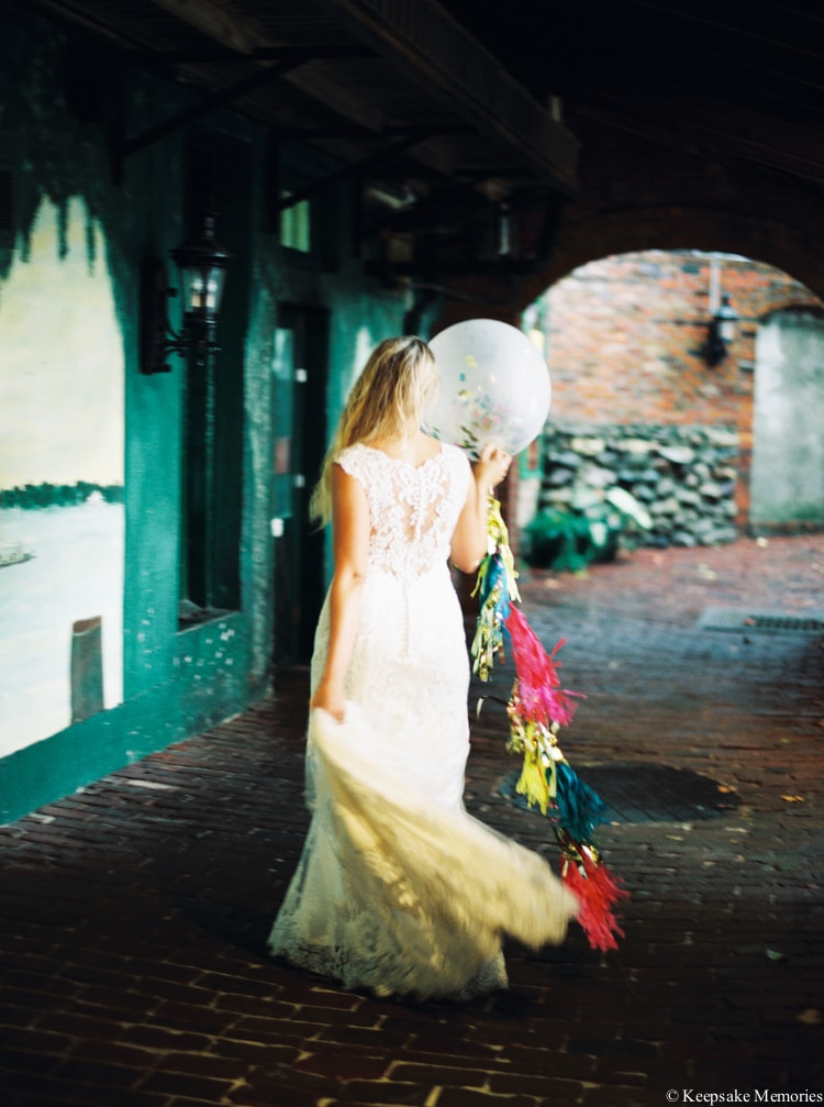 rainy-wilmington-nc-bridal-portrait-photographers-15-min.jpg