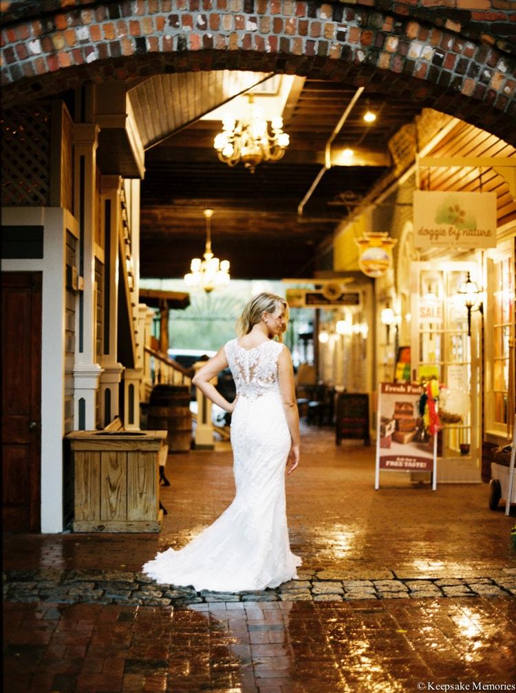 rainy-wilmington-nc-bridal-portrait-photographers-5-min.jpg