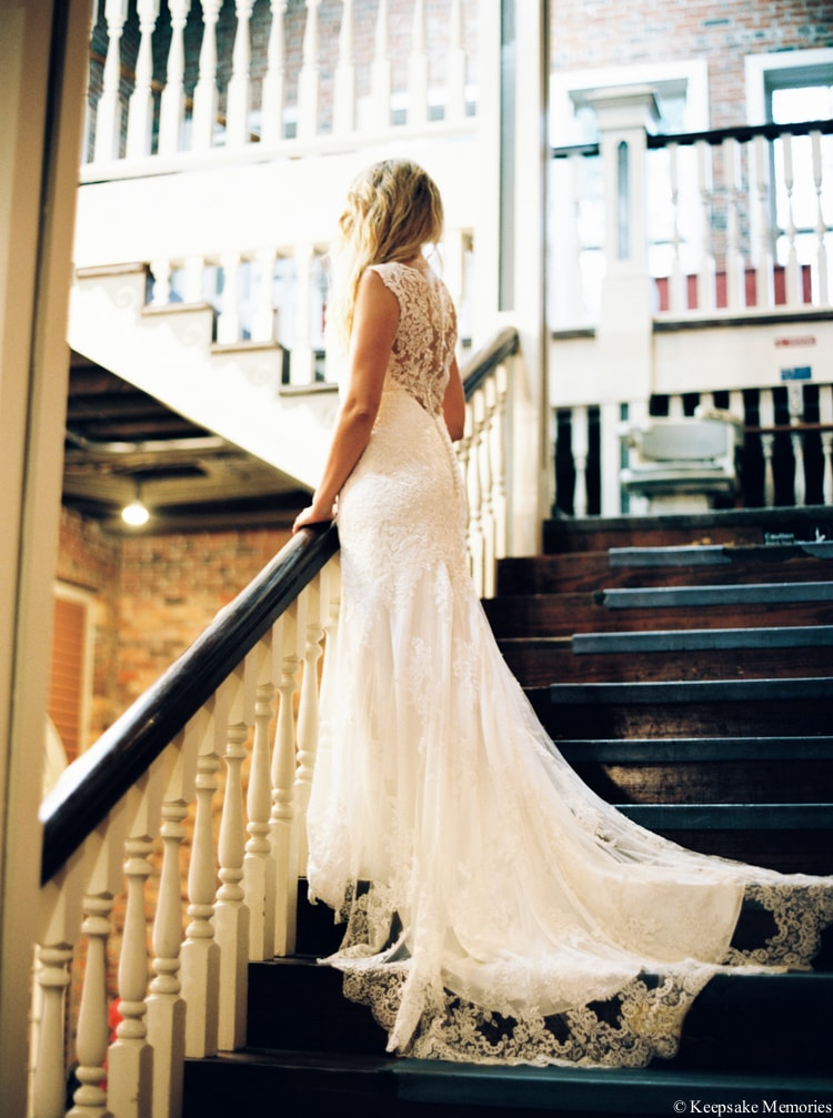 rainy-wilmington-nc-bridal-portrait-photographers-7-min.jpg