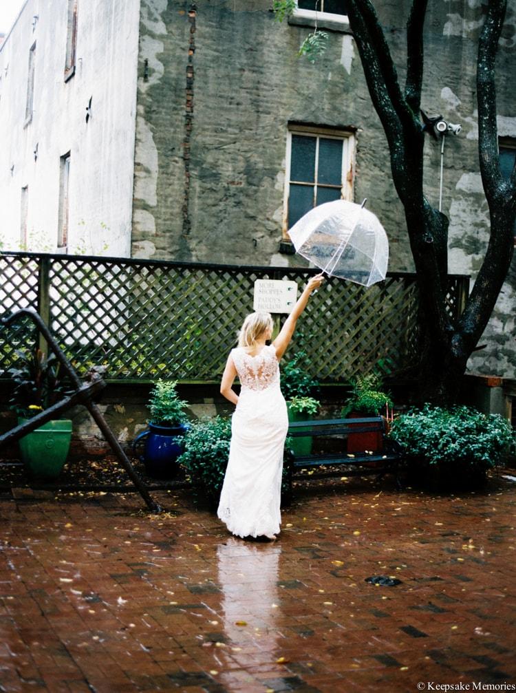rainy-wilmington-nc-bridal-portrait-photographers-9-min.jpg