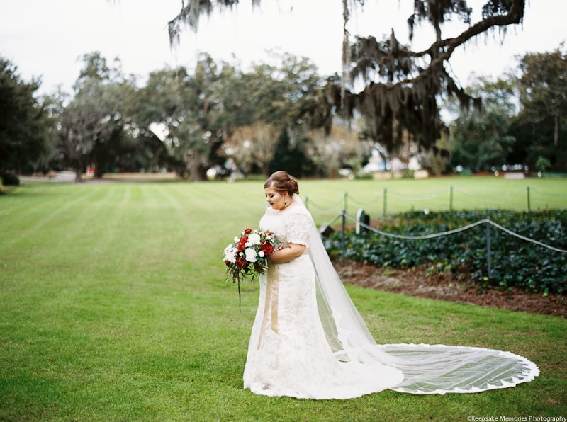 airlie-gardens-wilmington-nc-bridal-photography-min.jpg