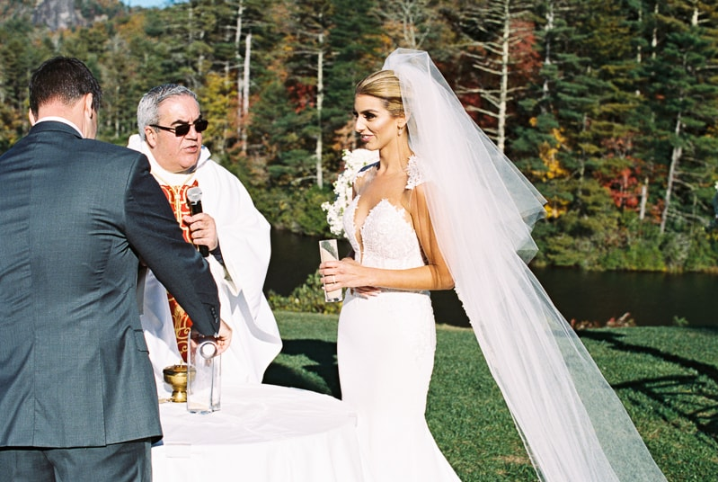 cashiers-nc-mountain-wedding-high-hampton-inn-16-min.jpg