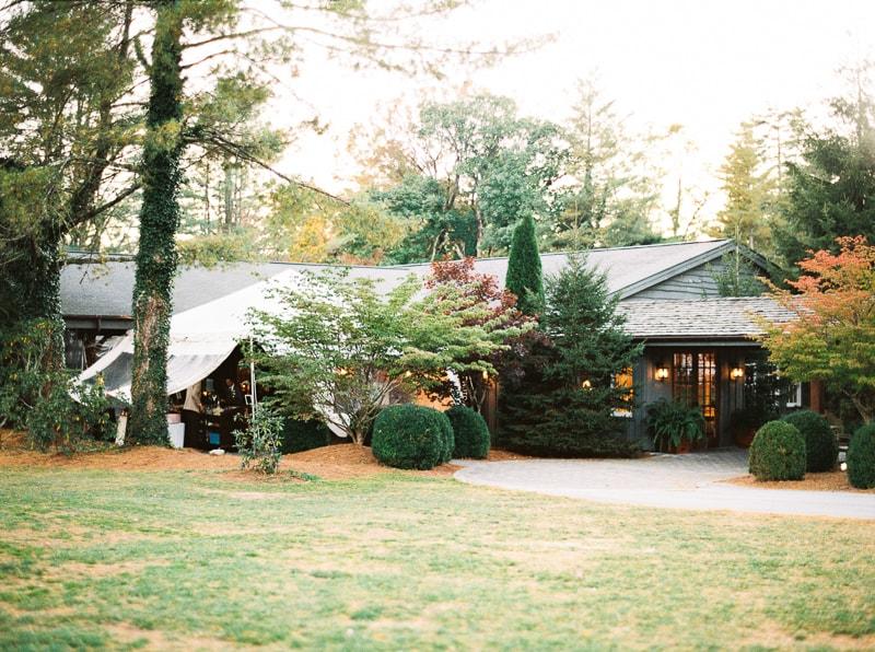 cashiers-nc-mountain-wedding-high-hampton-inn-29-min.jpg