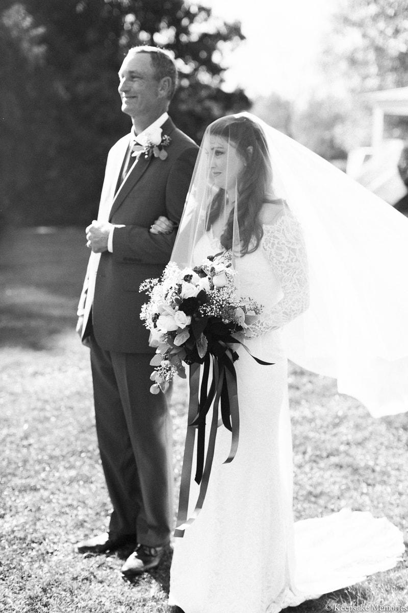 new-bern-nc-wedding-photographers-trenton-farm-2-min.jpg