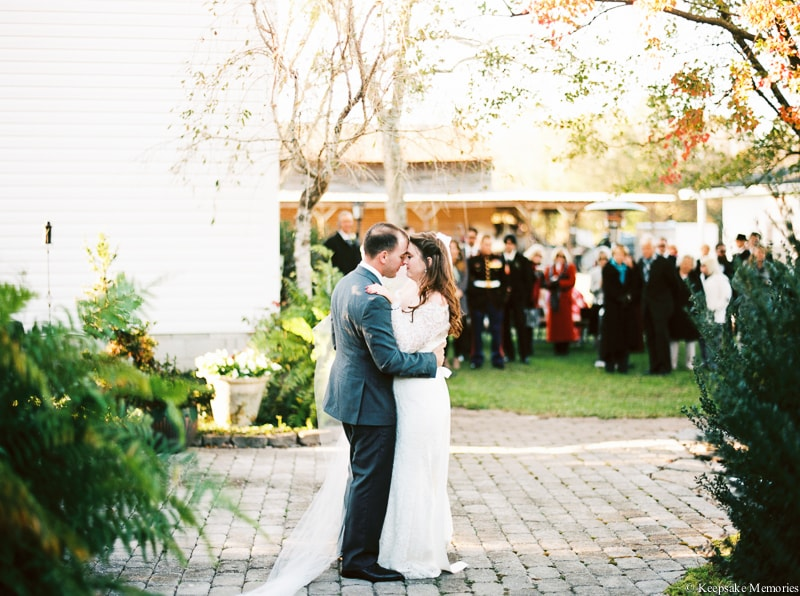 new-bern-nc-wedding-photographers-trenton-farm-25-min.jpg