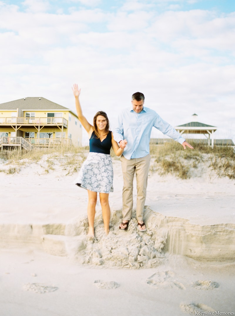 emerald-isle-engagement-photography-11-min.jpg