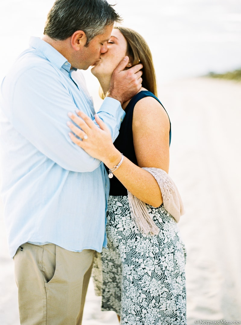 emerald-isle-engagement-photography-22-min.jpg