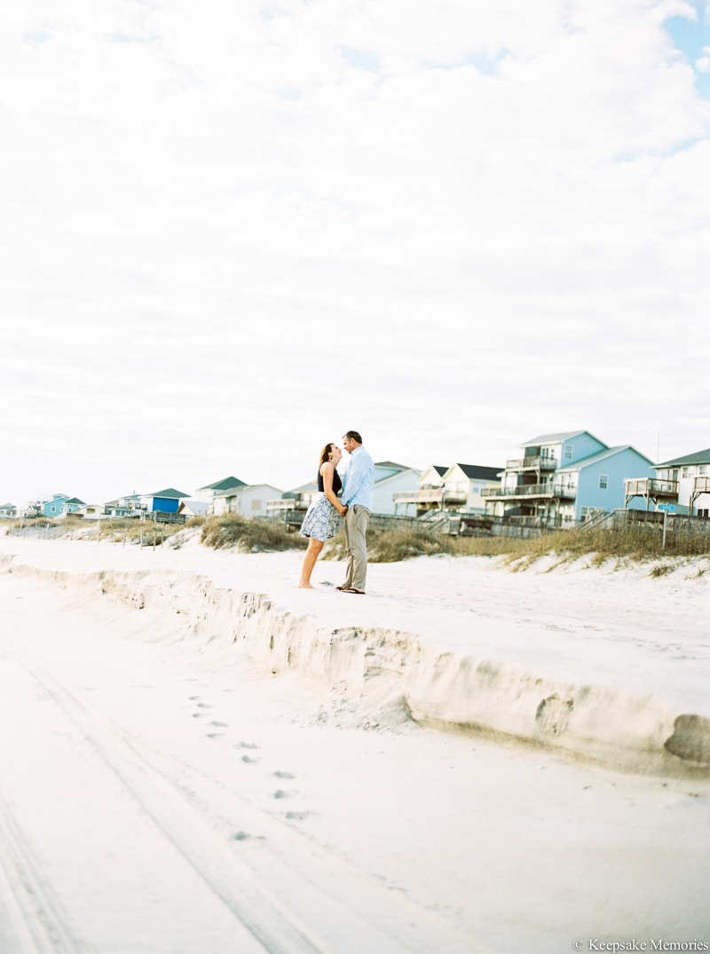 emerald-isle-engagement-photography-8-min.jpg