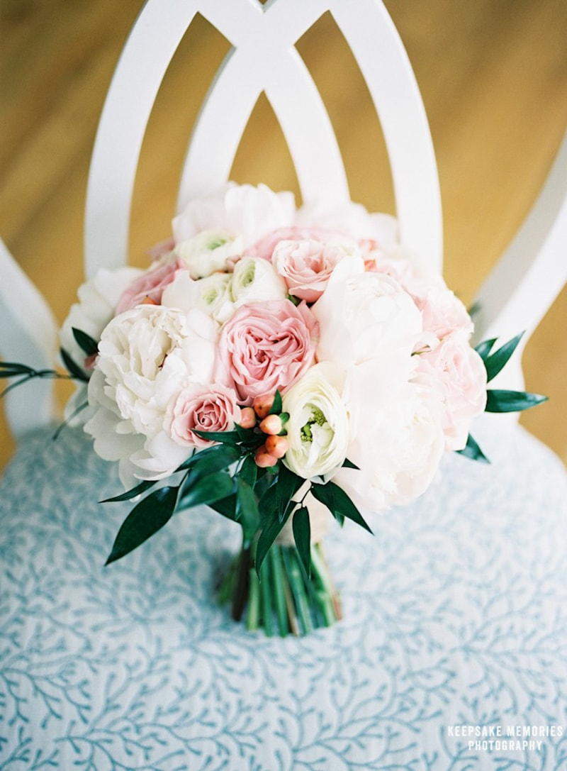 wedding-bouquets-north-carolina-photographers-5-min.jpg