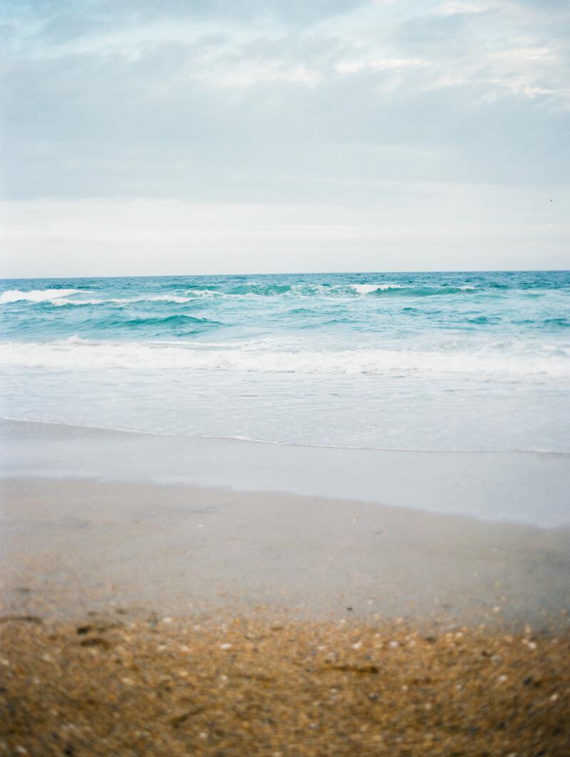 wrightsville-beach-engagement-photos-fine-art-film-21.jpg