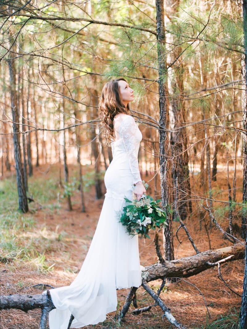 forest-new-bern-bridal-portraits-nc-photography-11.jpg