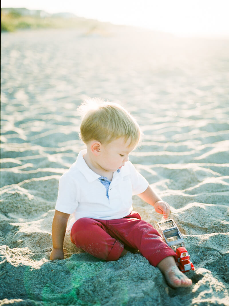 atlantic-beach-family-portraits-3.jpg