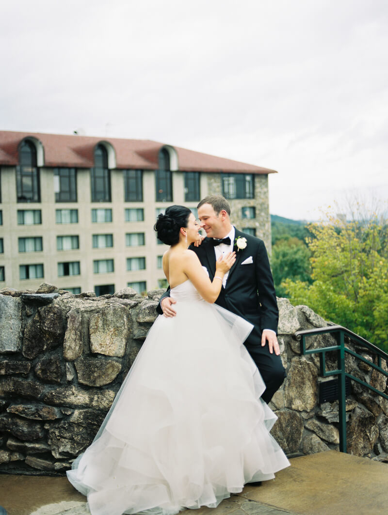 omni-grove-park-inn-wedding-photographers-48.jpg