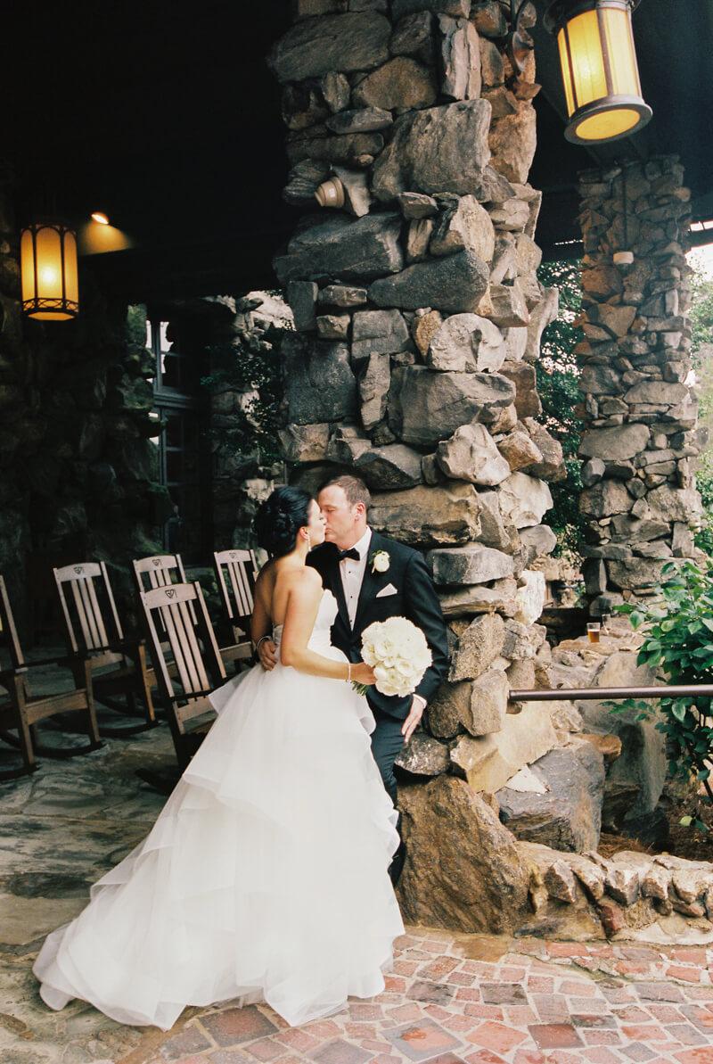 omni-grove-park-inn-wedding-photographers-45.jpg