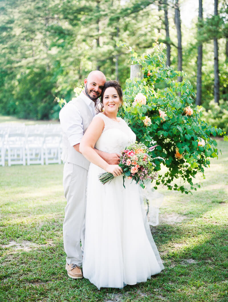 backyard-new-bern-wedding-photos-19.jpg
