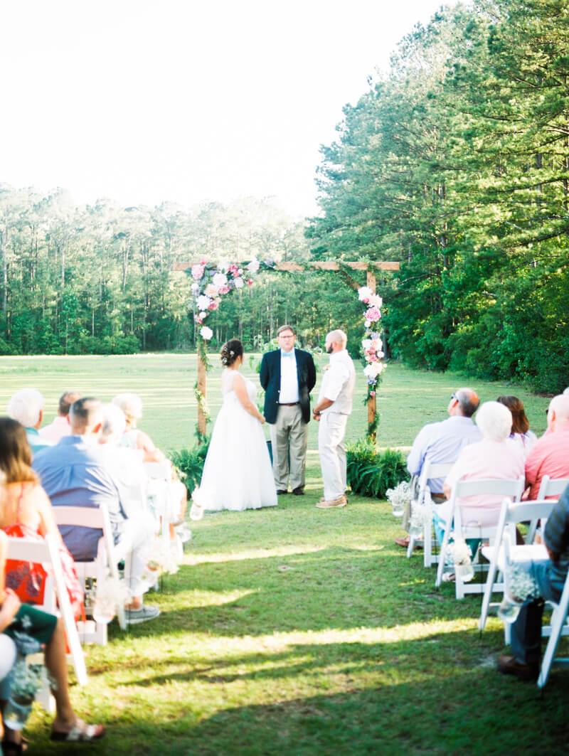 backyard-new-bern-wedding-photos-20.jpg