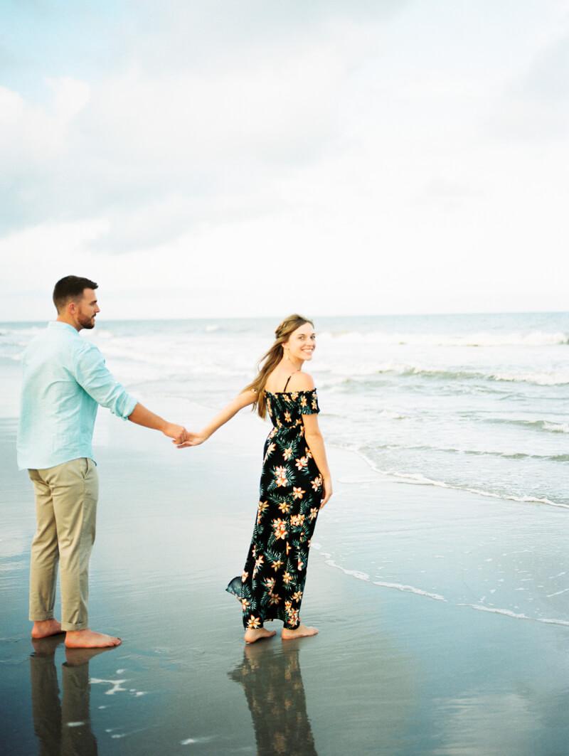 kure-beach-engagement-photographers-14.jpg