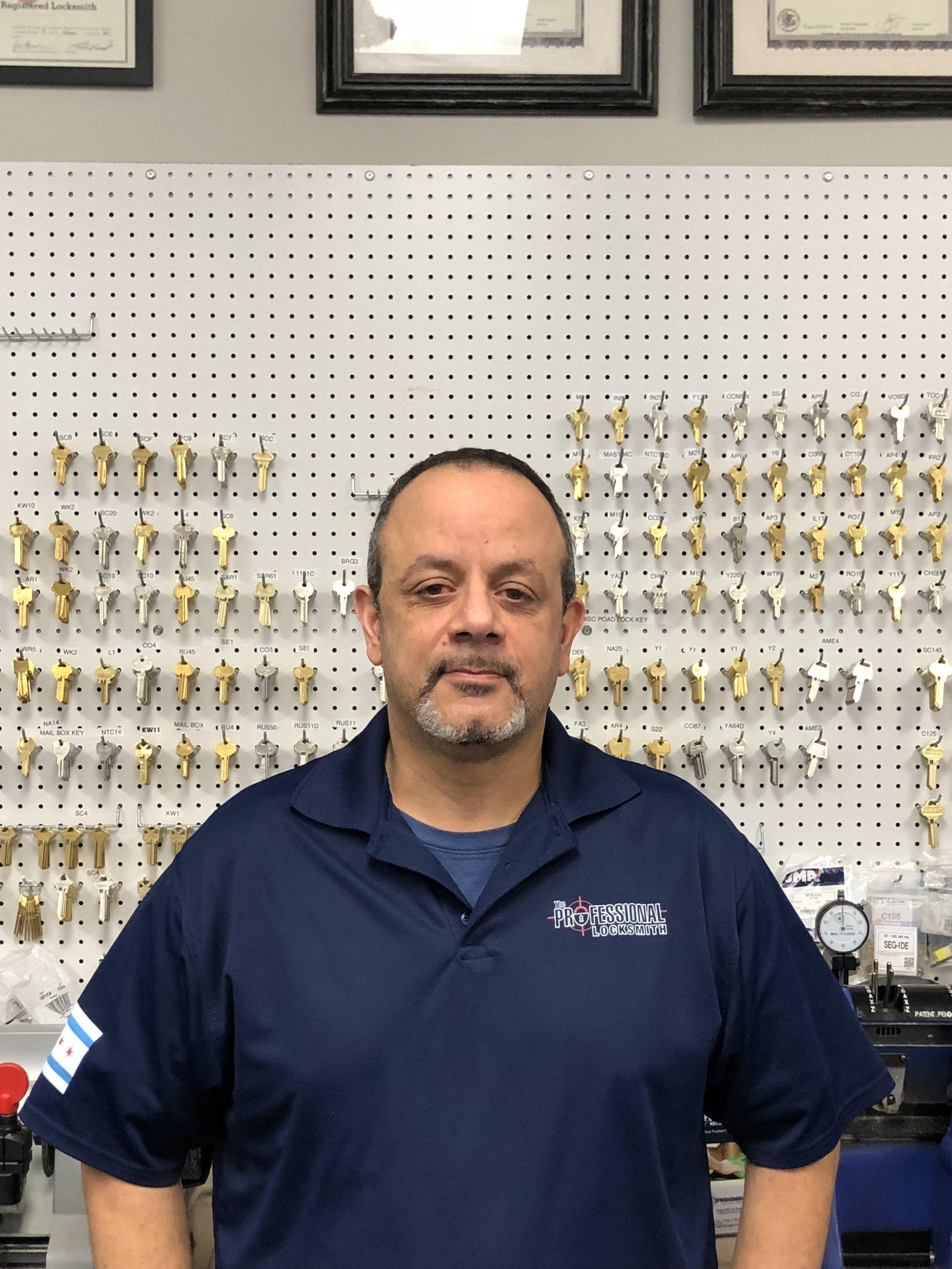 Alex - Chicago Professional Locksmith