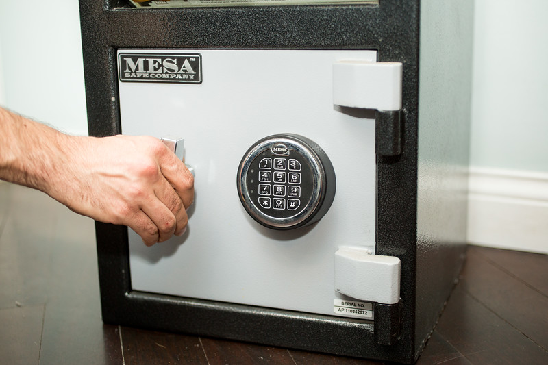 small commercial safe installation