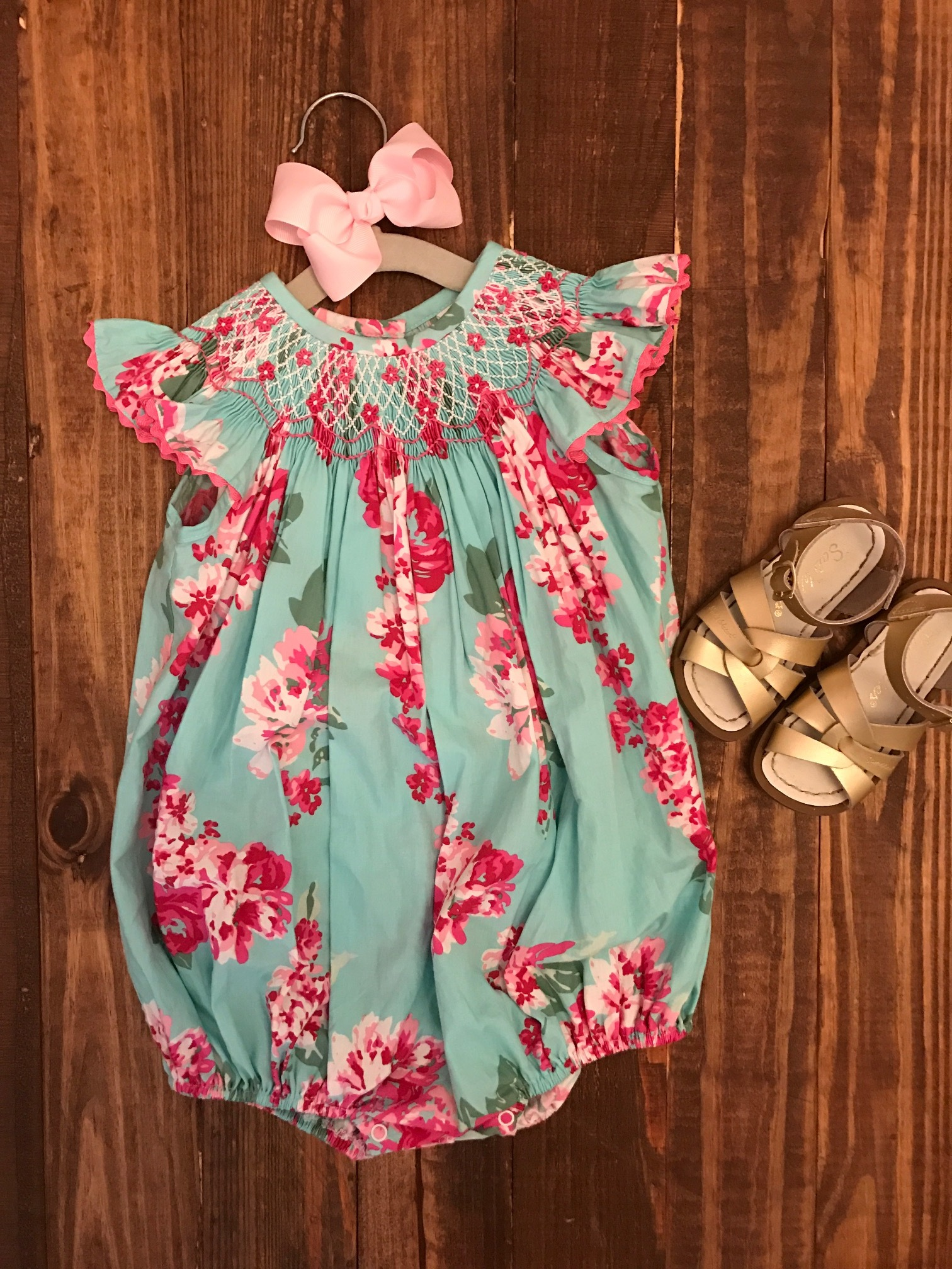 Smocked Auctions bubble, Salt Water Sandals