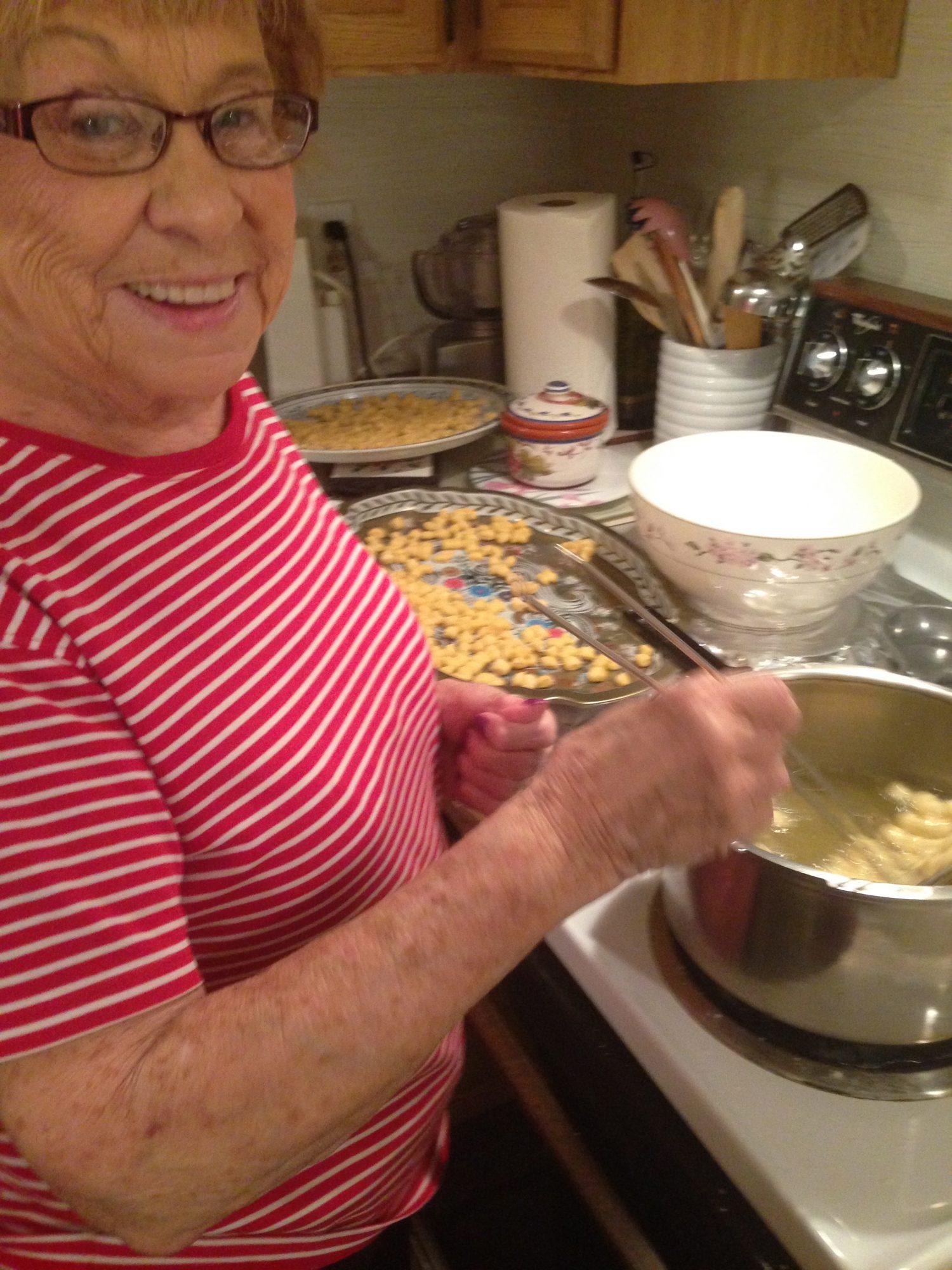 Cori frying Strufoli