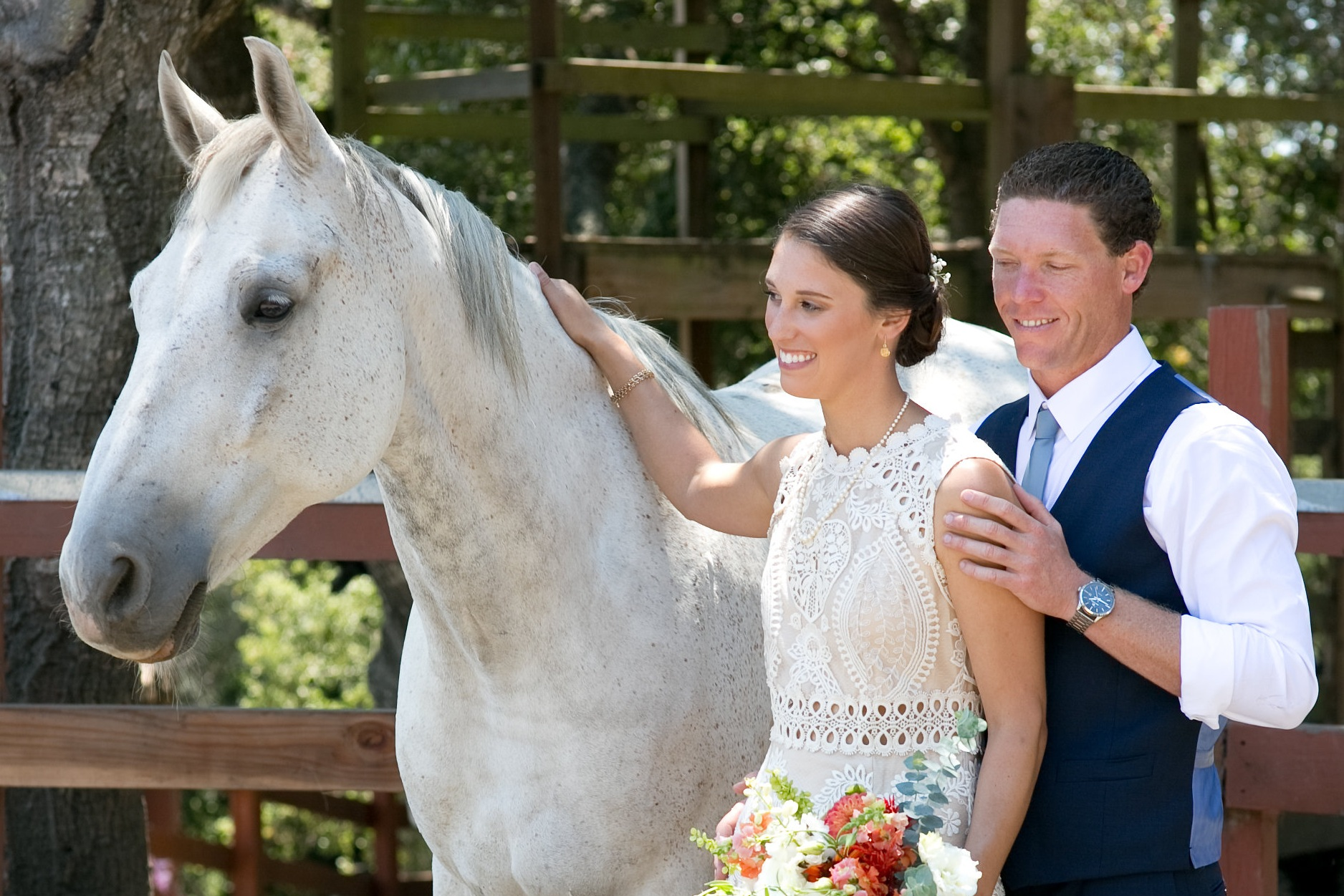 white-horse-bridal-wedding.jpg