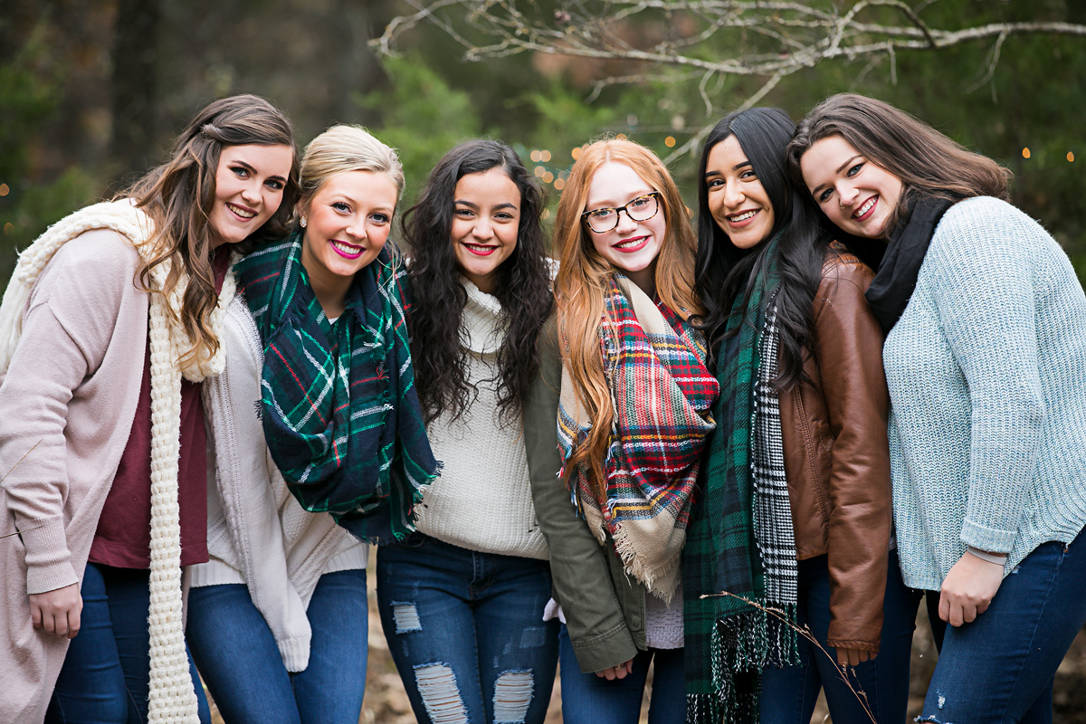 Amanda Lynn Photography's 2019 Elite Senior Model Team Fall Camp Fire Group Shoot in Oklahoma.