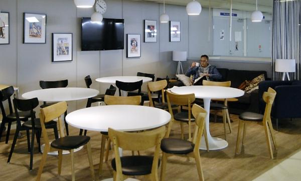 Laajasalon Tennishallit kahvila