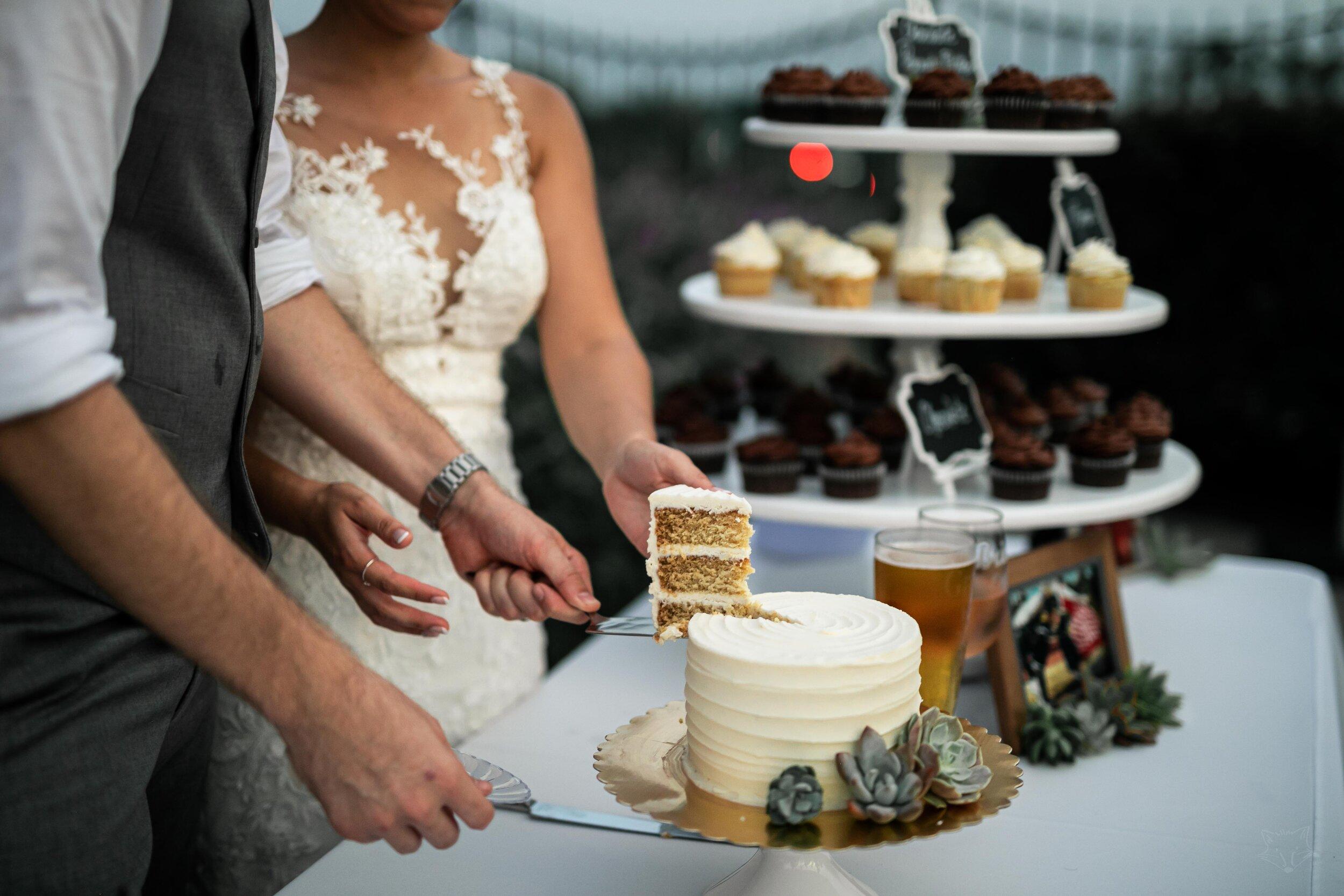 newland_barn_hungtington_beach__photoshoot_joshuachun_wedding-1601.jpg