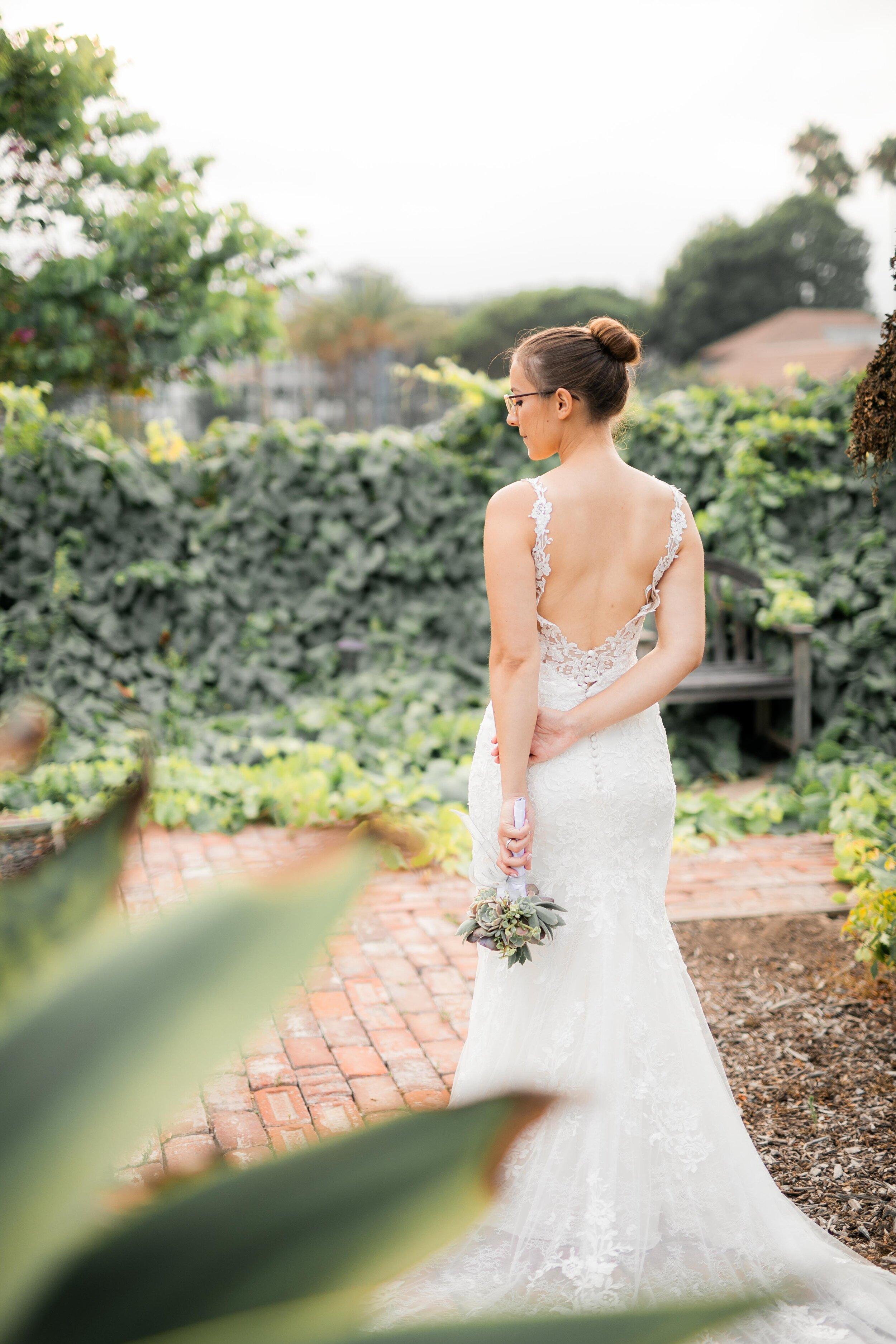 newland_barn_hungtington_beach__photoshoot_joshuachun_wedding-1265.jpg