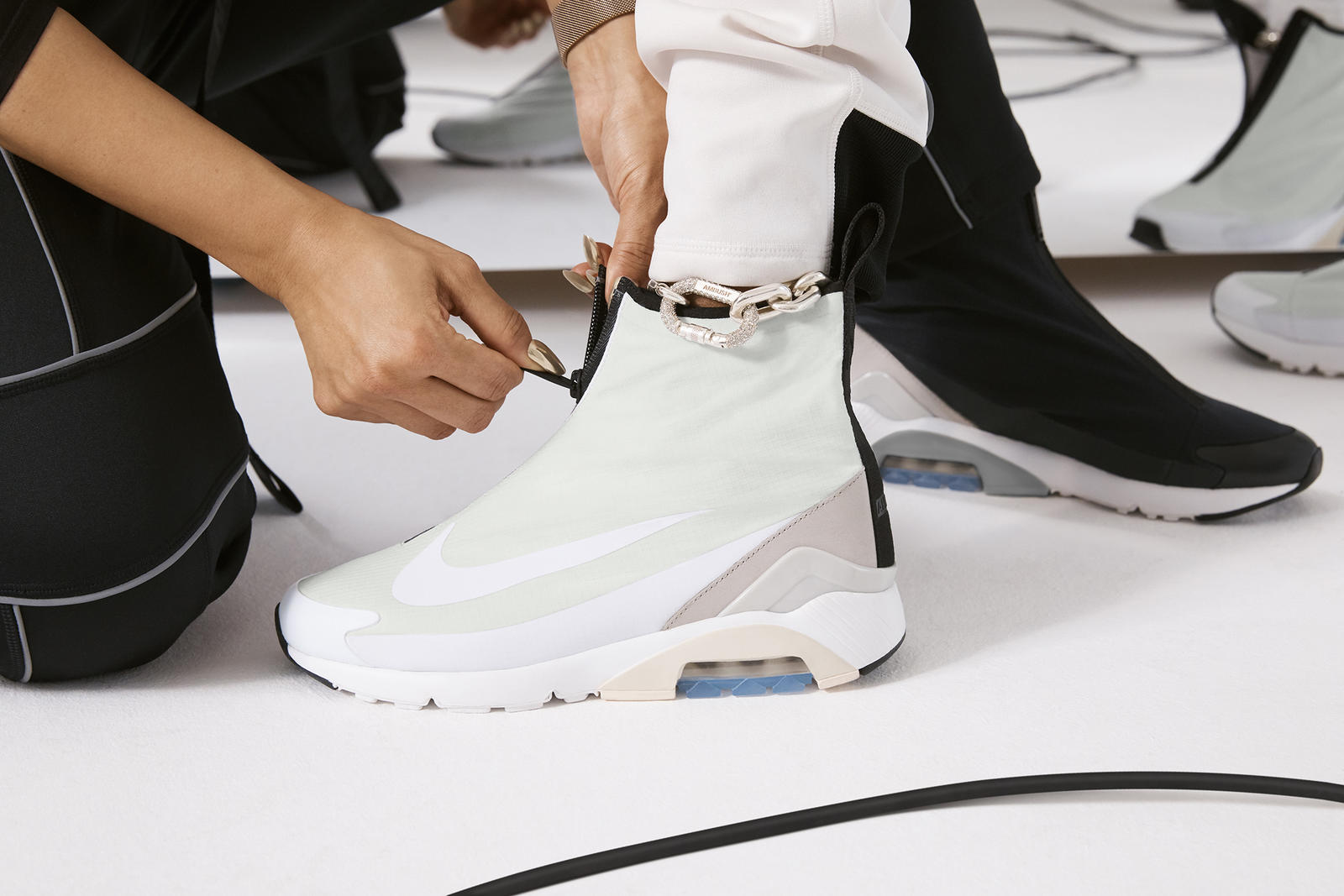 you still have a chance to pick up Yoon's shoe, the Nike x AMBUSH® Air Max 180 will be available in spring 2019.