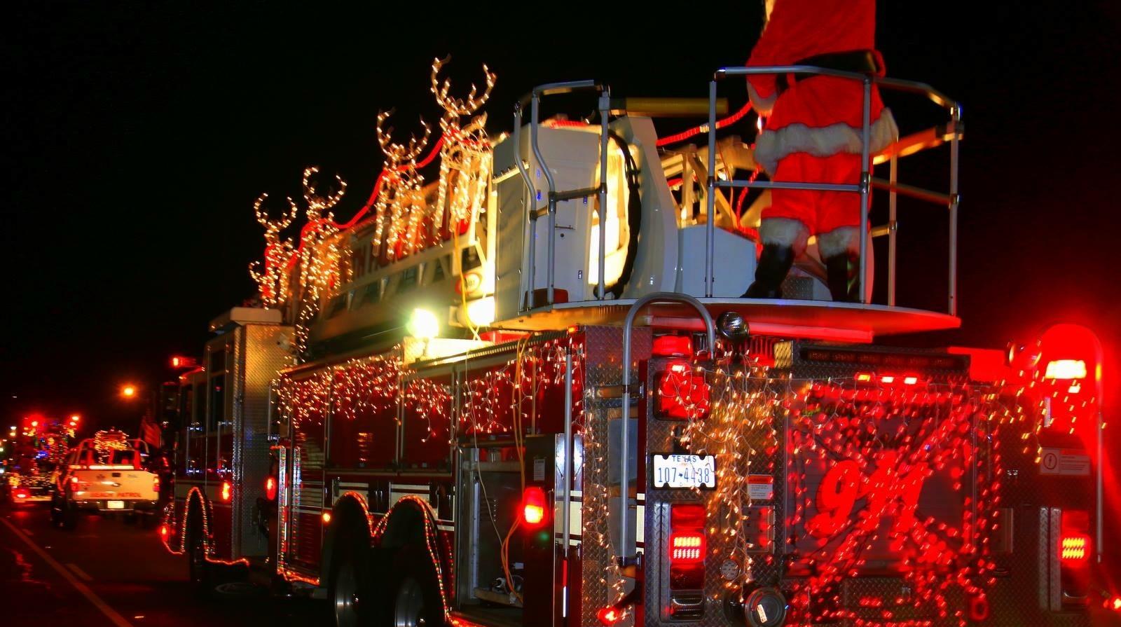 spi_christmas_parade.JPG