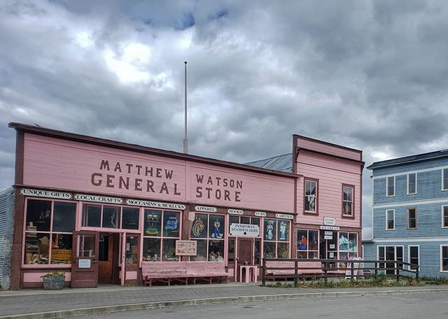The oldest operating store in the Yukon, the Matthew Watson General Store in Carcross, serving up coffee, ice cream and variety of gifts. It opened in 1909 and still going strong 110 years later. ➡️ Swipe to see it on wood 🌲