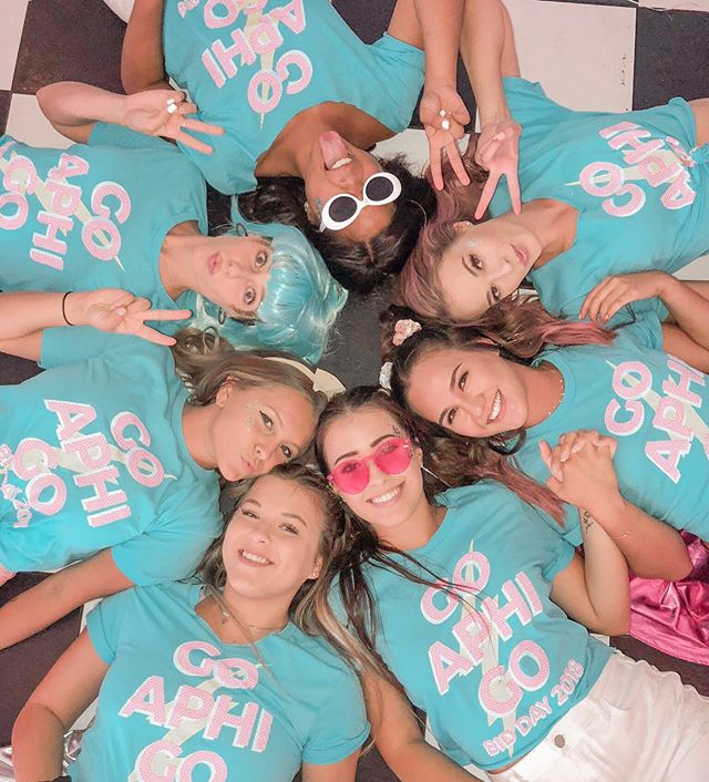 can you guess our most favorite day of the year?! it's....BID DAY!! 🎉💖🥳 we cannot wait to celebrate our newest class and welcome everyone home soon!🎉 #csulbaphi #bidday #25daystogo #wearealphaphi #goaphigo #csulb2023