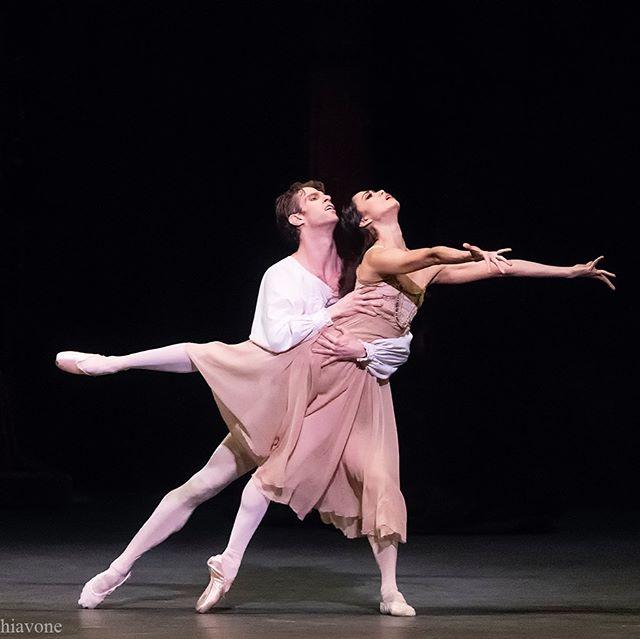 @stellaabreradetsky & @jamesbwhiteside in Romeo and Juliet 📷: @schiavonegene ❤️